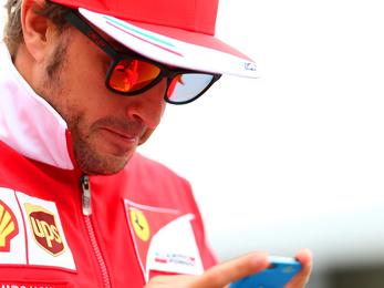 Alonso kis időre meglepte a Mercedeseket Kanadában
