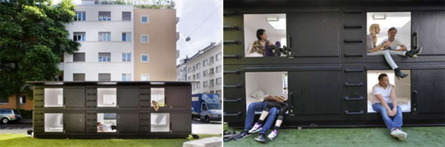 A hat egységből álló üvegszálas nyúl ólra emlékeztető kapszulákat Atelier Van Lieshout tervezte még 2002-ben.