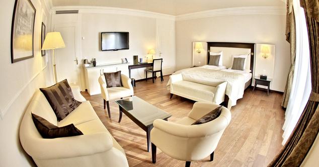 A négycsillagos Grand Hotel Suisse-Majestic
