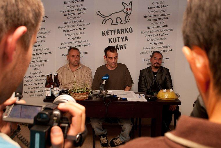 Kúria: Be kell jegyezni a Kétfarkú Kutya Pártot