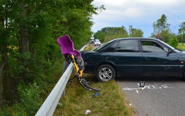 A Szabolcs-Szatmár-Bereg megyei Mánd és Fülesd között történt balesetben egy 38 éves férfi súlyosan megsérült. Az Audi vezetőjét őrizetbe vették
