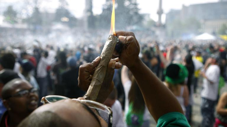 A pattanások ellen is jó a marihuána