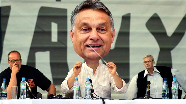 Négy zavarba ejtő üzenet Orbán beszédéből