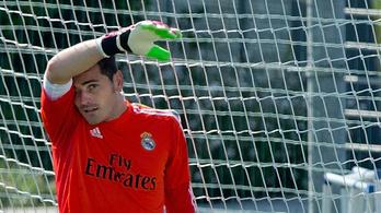 Casillas vénemberként mozog edzésen