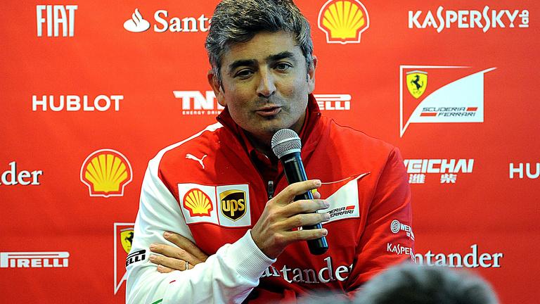 Ferrari: 360 fokos fordulat kell!