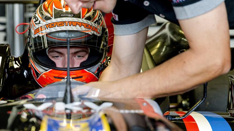 17 éves pilóta lesz jövőre az F1-ben