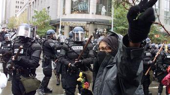Félnek a feketéktől az amerikai rendőrök