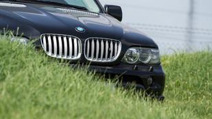 Lejárt szavatosságú BMW-t, valaki?