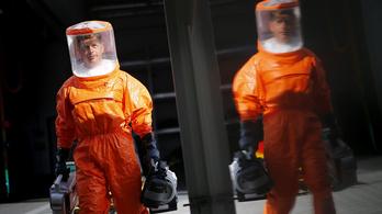 Embereken tesztelik az ebolavakcinát