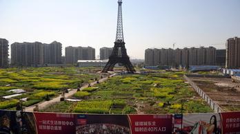 Az Eiffel-tornyot eredetileg Barcelonába tervezték