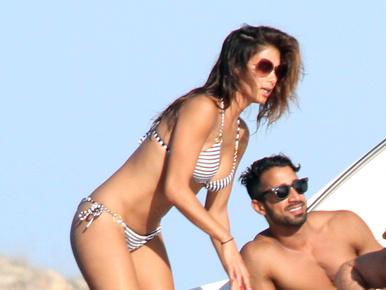 Dobja fel a napját Nicole Scherzinger bikinis testével!