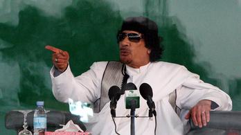 A líbiai diktátor végzete