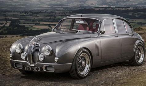 Döbbenetes a Jaguar-tervező Jaguarja