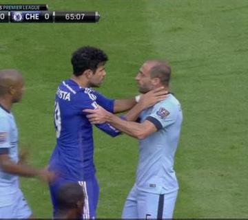Érik a piros lap Costának a Chelsea-ben