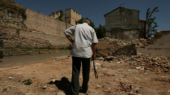 Veszélyben a legendás isztambuli városfal