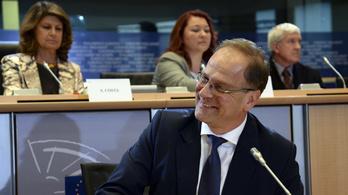 Navracsics nem győzte meg az Európai Parlamentet