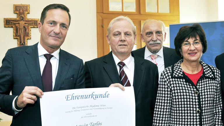 Milyen akadémia adott nagydíjat Tarlósnak?