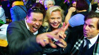 Sok a puszi, nagy a buli - Fidesz-győzelem Miskolcon