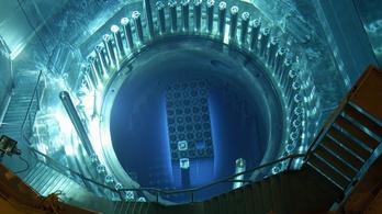 Miért világít kéken az atomreaktor?