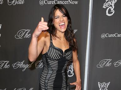 Michelle Rodriguez nőnek öltözött a héten