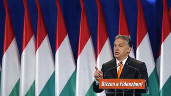Hirtelen mindenki magyarokat szidja a világban