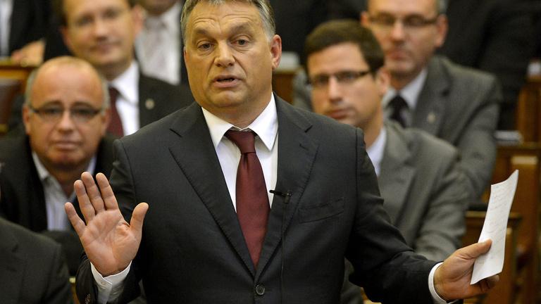 Orbán nem hátrál, az ő döntése volt az internetadó