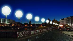 Újra áll a berlini fal