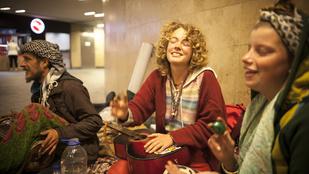 Nemzetünk szívcsakráját is látták a Kálvin téri hippik
