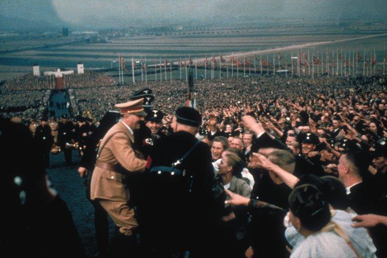 Hitler kedvenc színes fotói