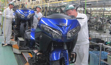Honda: háromszázmillió