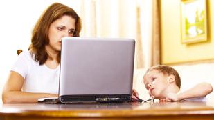Mit csináljak, hogy ne nézzen pornót a gyerekem?