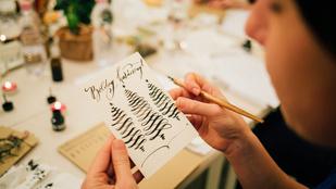 Idén már írhatja gyöngybetűkkel az ajándékkísérőket