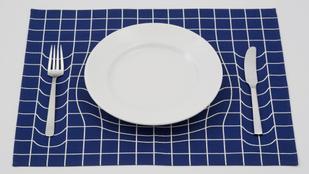 Ilyen egy Albert Einstein ihlette tányéralátét