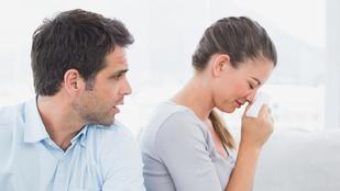 Öt dolog, amit a nők nem szívesen csinálnak pasijuk jelenlétében