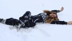 Beyonce pezsgőzve telel Izlandon