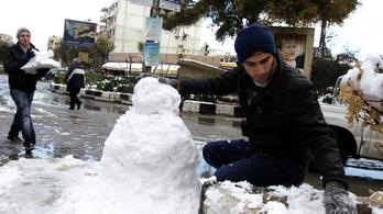 Sérti a hóember az iszlámot