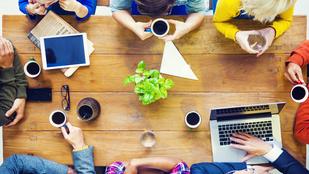 Így vészelheti át a hosszú megbeszéléseket és értekezleteket