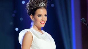 Bujáki népviselet Miss Universe Hungary-n