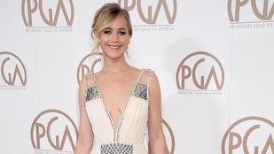Jennifer Lawrence ennél jobban nem tudta volna bemutatni a dekoltázsát és a hátát
