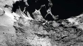 Repedést talált a Rosetta a 67P üstökösön