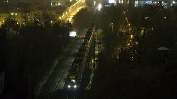 Tovább csúszott a támfal a Déli pályaudvar alagútjában