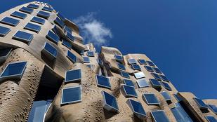 Frank Gehry összegyűrt papírzacskót tervezett Sydneynek