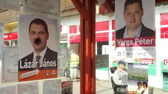 Lefújta Lázár János plakátjait, 110 ezer forintra büntették