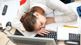 Így aludjon munka közben