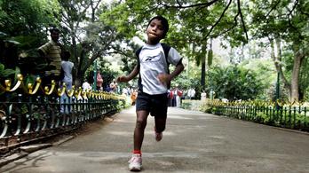 48 maratont futott le 3 évesen