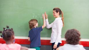 Legális kukkolás - Nyílt nap az iskolában