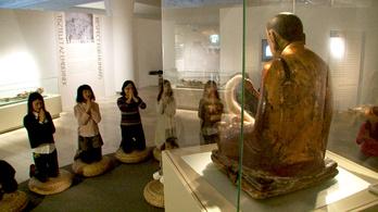 A kínai tv is az önmumifikált szerzetes titkáért jött