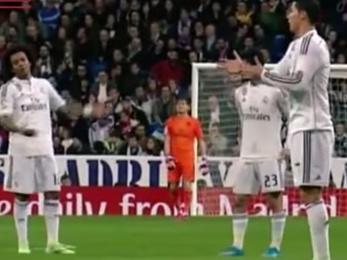 A realosok csak néztek: mit mutogat C. Ronaldo nekünk?