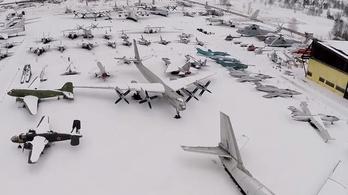Drón filmezte le az orosz repülőmúzeumot