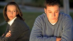Az önbizalomhiányos könnyebben tűri a boldogtalan házasságot